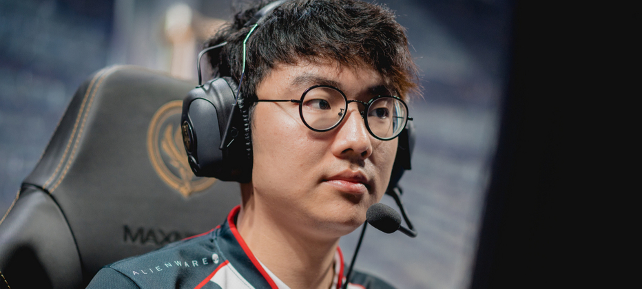 Olleh says illegal betting could ruin solo queue, points to Faker